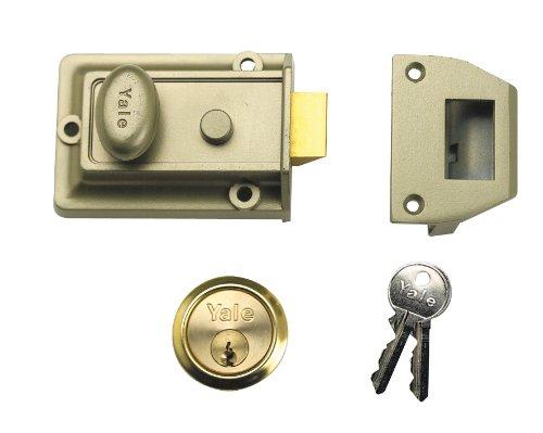 Yale Locks 77 Traditional Nightlatch 60mm Backset Chrome Finish