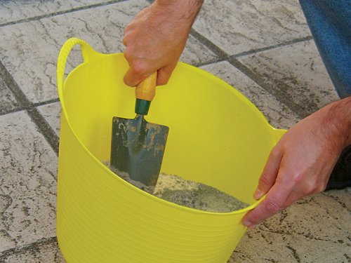 Faithfull Heavy-duty Polyethylene Flex Tub 28 Litres Yellow