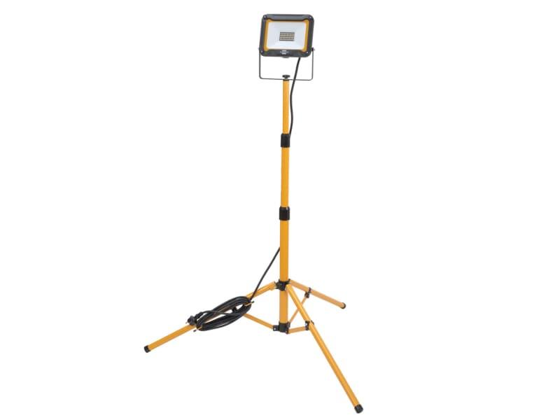 Brennenstuhl JARO LED Tripod Spotlight 30W 2870 lumens 110V